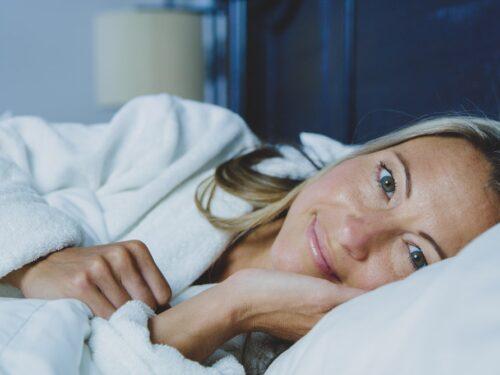 Russare in menopausa: cause e rimedi